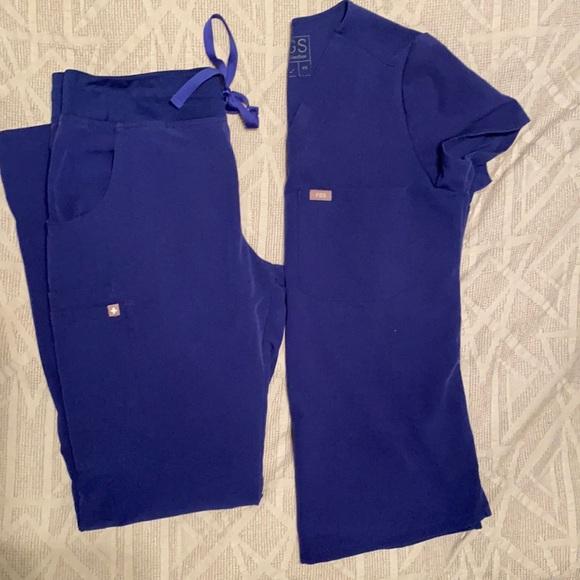Women's Figs scrubs
